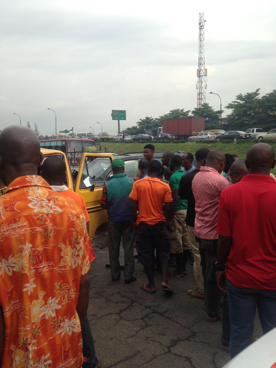 PHOTOS: Fatal motor accident hits Lagos, many feared dead