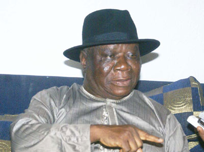 Former President Jonathan felicitates with Chief E.K. Clark at 92