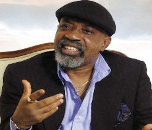 Nigerians lambast Ngige over 'doctors can leave' comment
