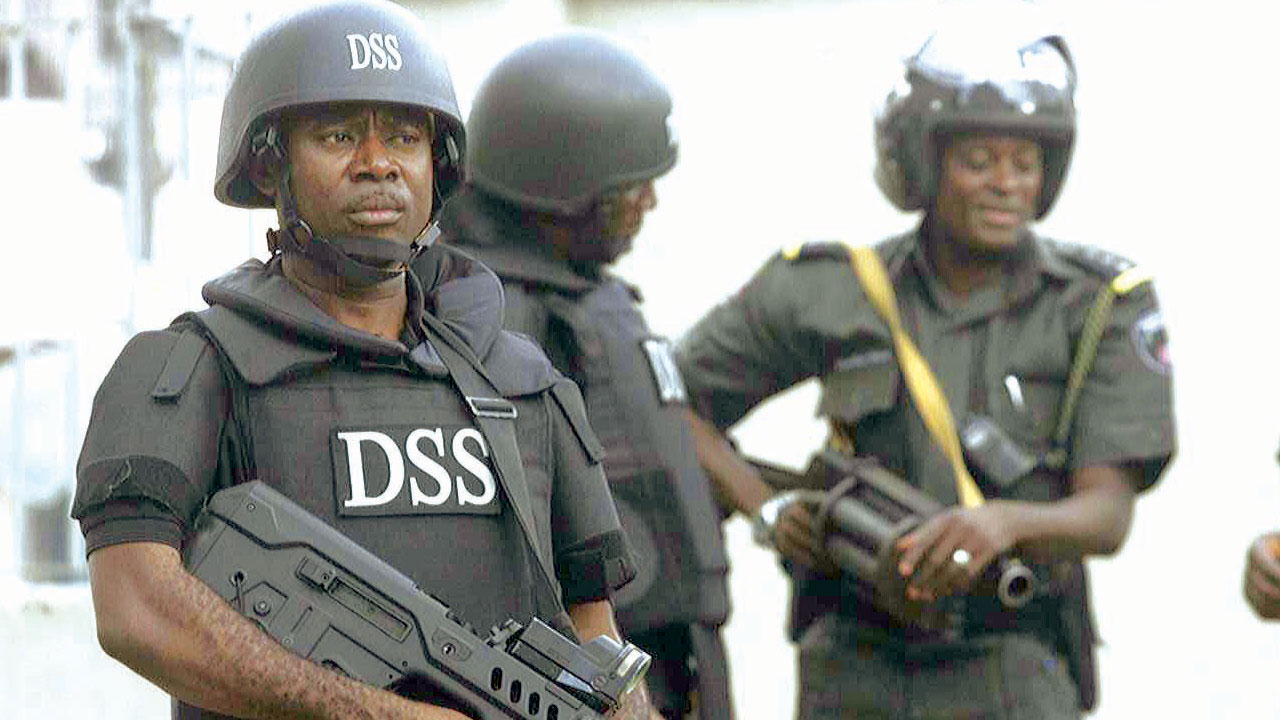 Sowore: Ondo Students takes to streets, says activists not a criminal, but is their benefactor