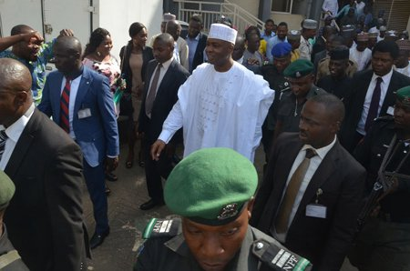 Group urges pro Saraki supporters to shelve planned protest