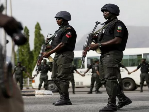 Police arrest 3 foreigners, 2 Nigerians for Trans-Boarder robbery