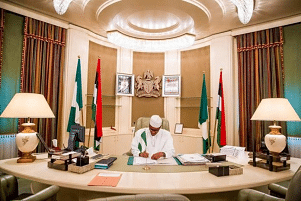 Update: Buhari signs N30,000 Minimum Wage bill