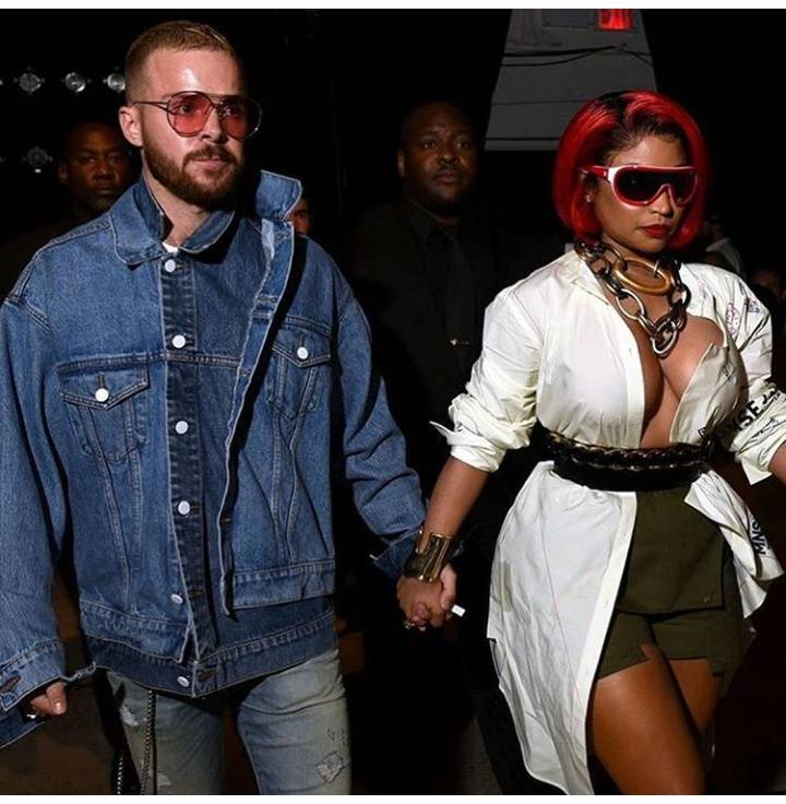 Nicki Minaj steps out with her new boyfriend and guess what? He's WHITE!!