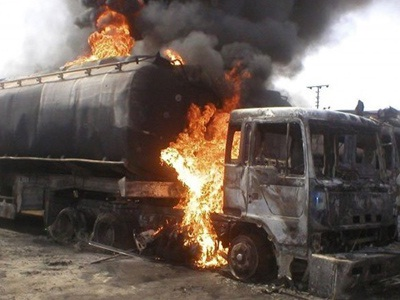 5 feared dead, 8 injured as tanker fire razes 23 shops 9 vehicles in Anambra
