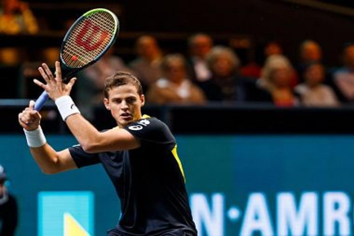 Rotterdam Open: Dan Evans beats Karen Khachanov to reach quarter-finals