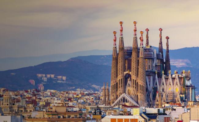 Coronavirus: Spanish economy feels the heat