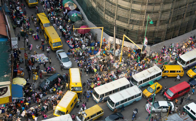 Lagos traffic delays wedding for seven hours