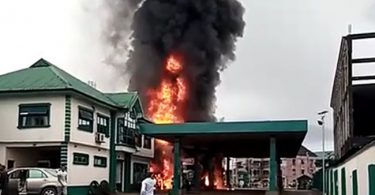 Fire razes AP filling station in Port Harcourt [Photos/Video]