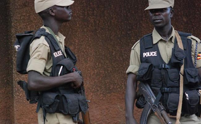 Uganda: Police hunt 200 escaped inmates after jailbreak