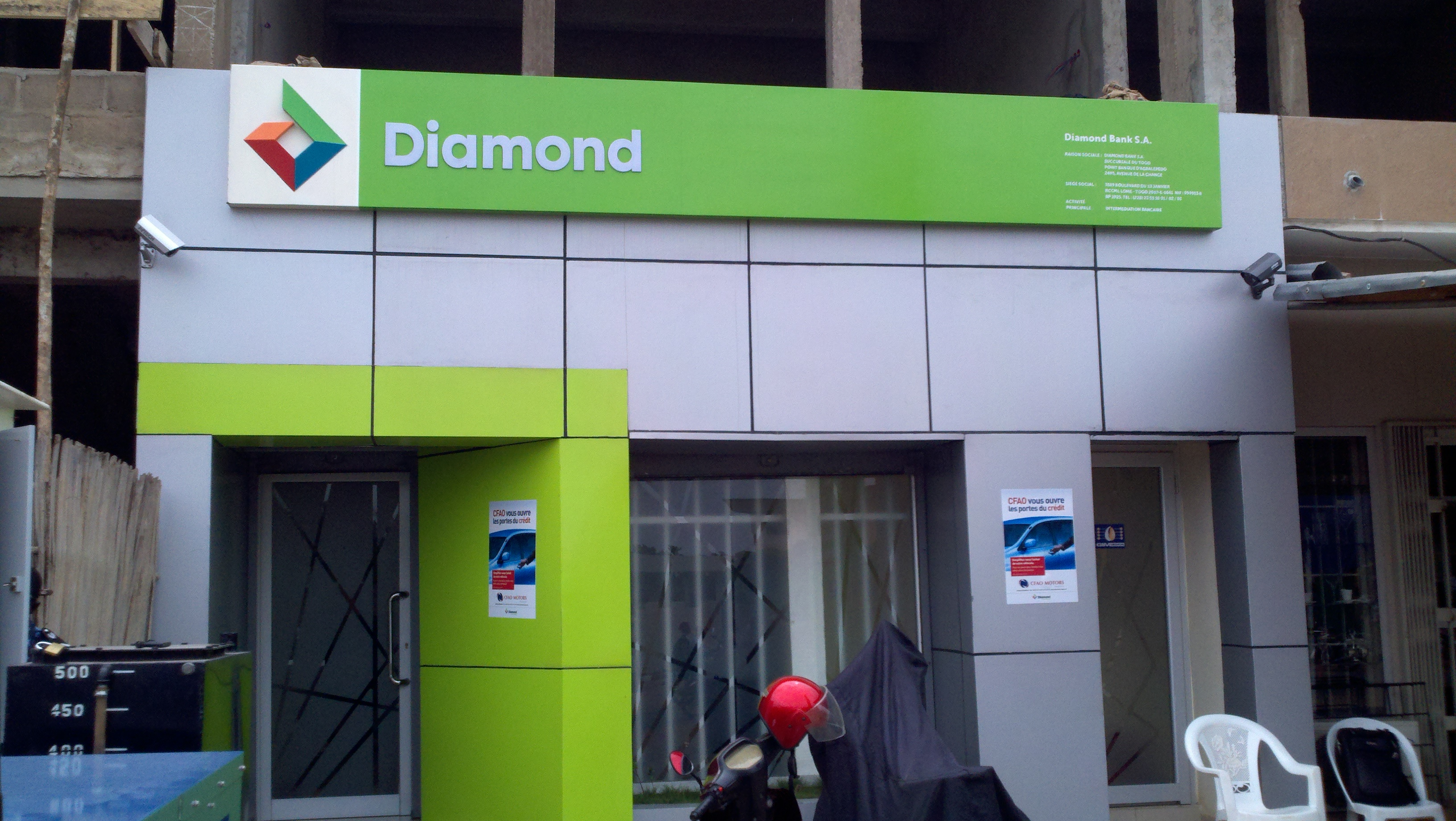 Diamond Bank partners Lagos govt to combat drug abuse in schools