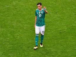 Mesut Ozil retires from Germany after political tensions over Turkish roots