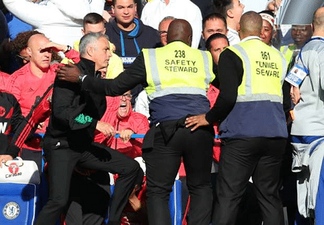 Mourinho mad at Chelsea staff for celebrating United draw