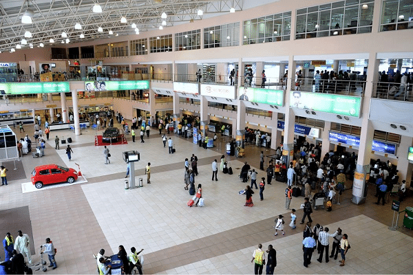 FG introduces e-Yellow cards at airports to curtail quacks