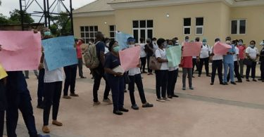 BREAKING NEWS: Nurses in Ondo State protest non-payment of salary