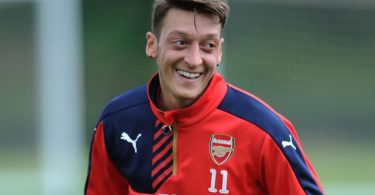 I decide when to leave, not others - Ozil to Arsenal