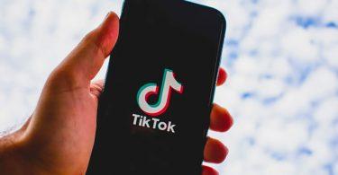 TikTok warns parents over viral suicide video