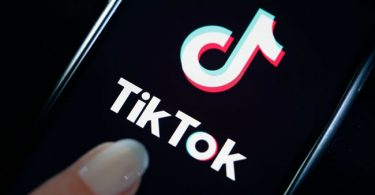 Microsoft moves to buy TikTok after Trump threatens ban