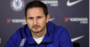 Lampard calls for postponement of new Premier League season