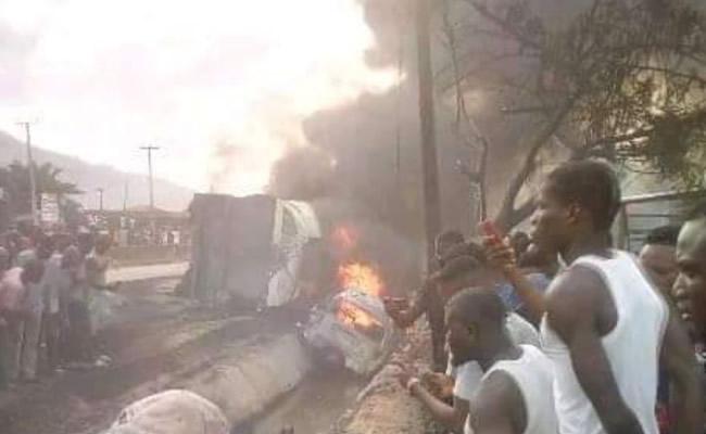 Tanker goes up in flames on Magboro Bridge Lagos-Ibadan Expressway