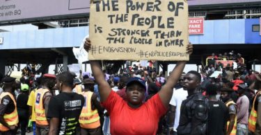 #EndSARS protesters block Third Mainland Bridge
